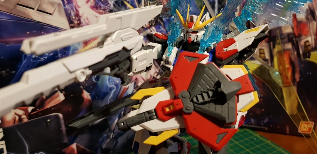 Star Build Strike Gundam Full Package GAT-X105B/FP (MG 1/100